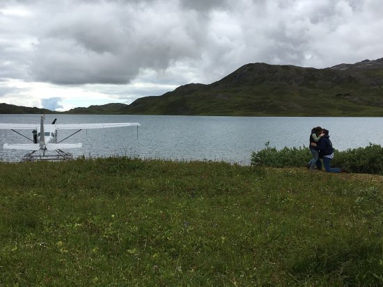 Moose Pass, AK: Thanks again to Scenic Mountain Air for helping make my engagement unbelievably perfect! (She sa