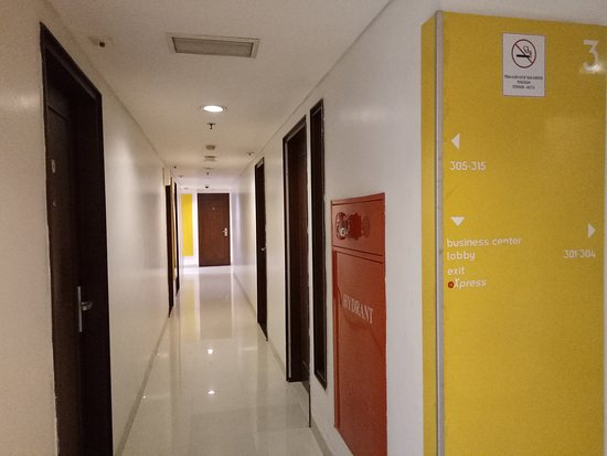 Amaris Hotel Panglima Polim: IMG20170823061805_large.jpg