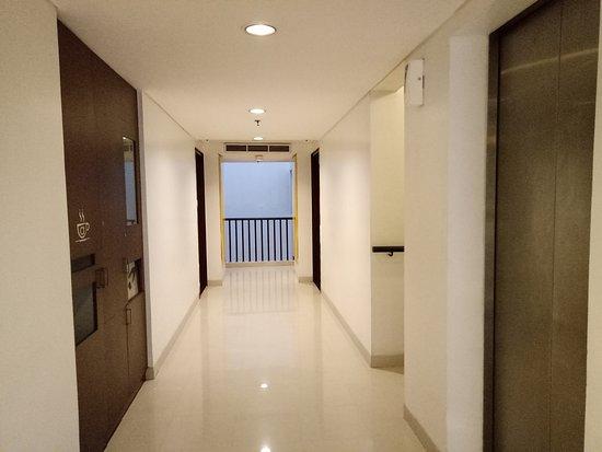 Amaris Hotel Panglima Polim: IMG20170823061758_large.jpg