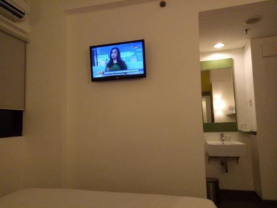 Amaris Hotel Panglima Polim: IMG20170822192430_large.jpg