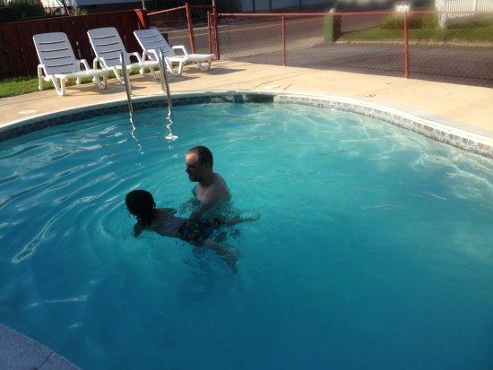 My Lighthouse Inn : Pool time