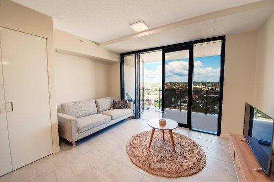 first light mooloolaba updated 2018 prices condominium. Black Bedroom Furniture Sets. Home Design Ideas