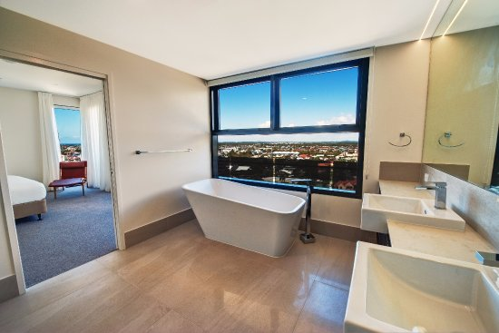 first light mooloolaba updated 2018 apartment reviews. Black Bedroom Furniture Sets. Home Design Ideas