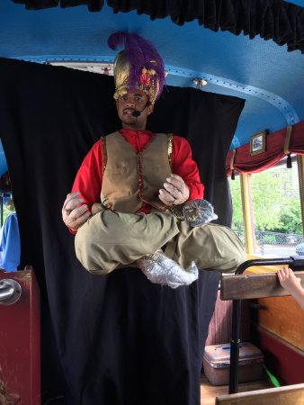 LaZoom: Other guide as the genie