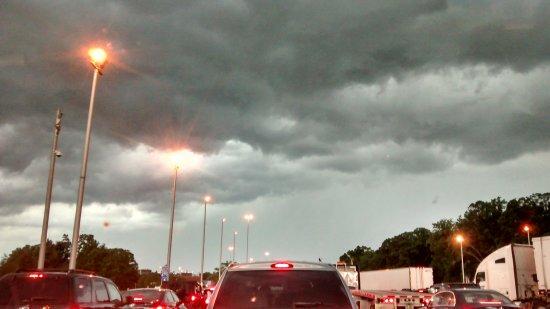 Sleep Inn & Suites : Ominous clouds near the DE Memorial Bridge, just prior to the start of the turmoil