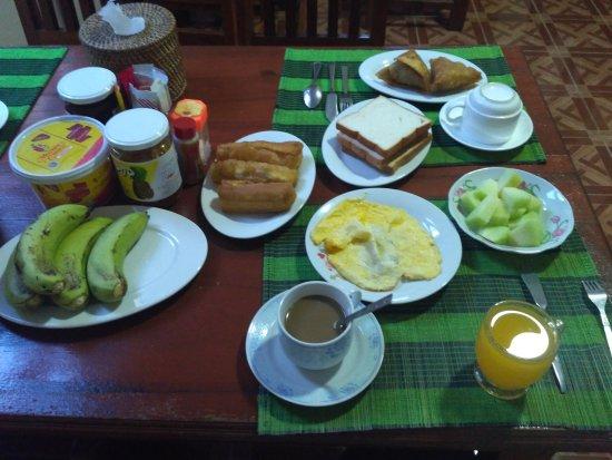Mandalay Region, Myanmar: Breakfast