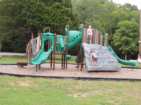 Cedars of lebanon state park updated 2017 campground for Cedars of lebanon cabins