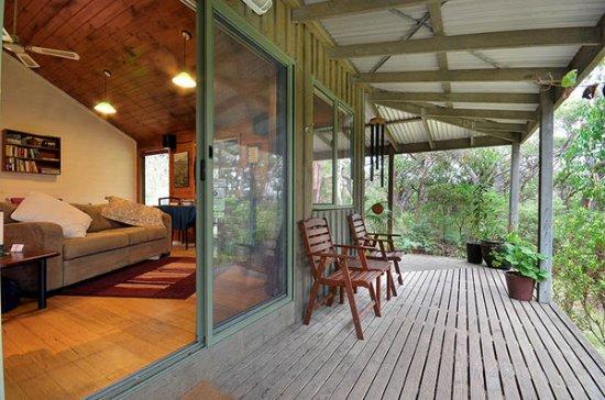 Hordern Vale, Australia: MoonRise Cottage deck