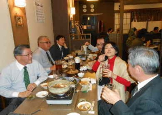 Oyama, Japan: テーブル席での宴会16名様迄。