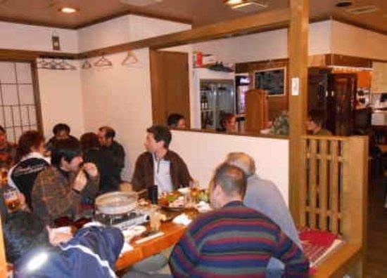 Totomaru: お座敷での宴会16名様まで。