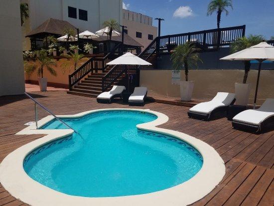 Hodelpa Gran Almirante Hotel & Casino: Pool area