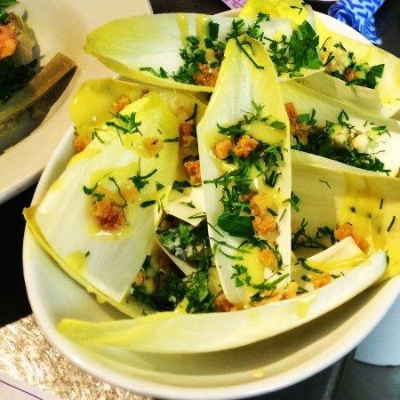 I Maccheroni: witlof salad