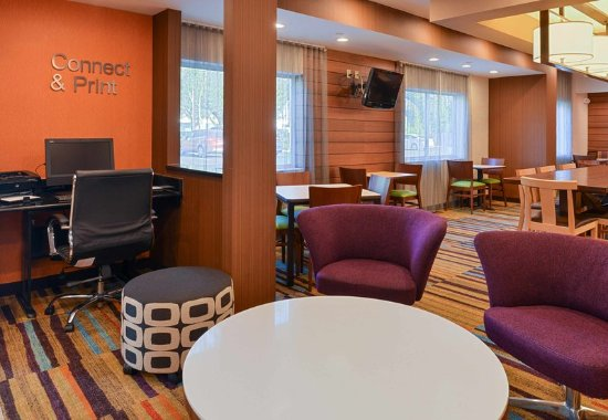 Orange Park, FL: Lobby Seating Area
