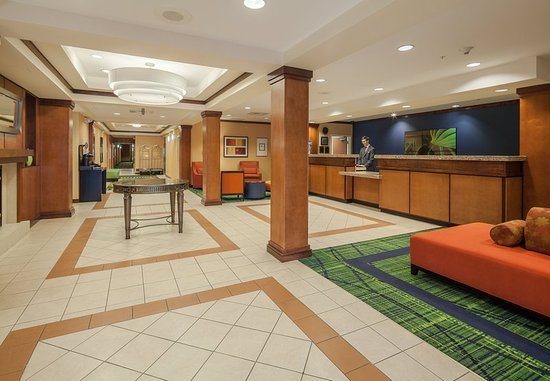 Jacksonville Beach, FL: Lobby