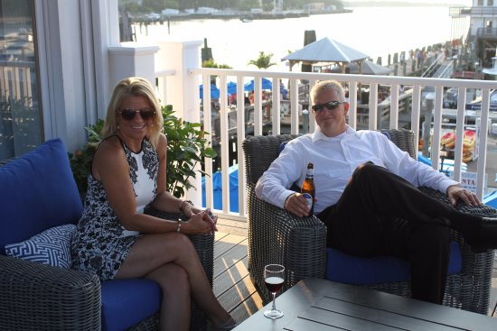 Danford's Hotel & Marina: Outside Deck View