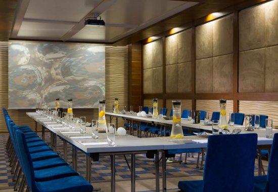 Renaissance Izmir Hotel: Efe Meeting Room – U-Shape Setup