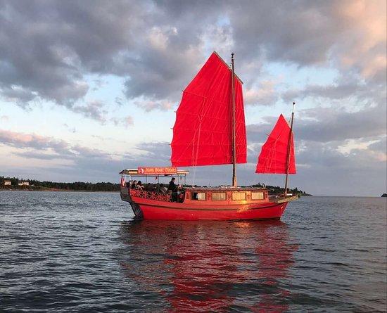 Charlottetown, Canadá: Hailong on the sea
