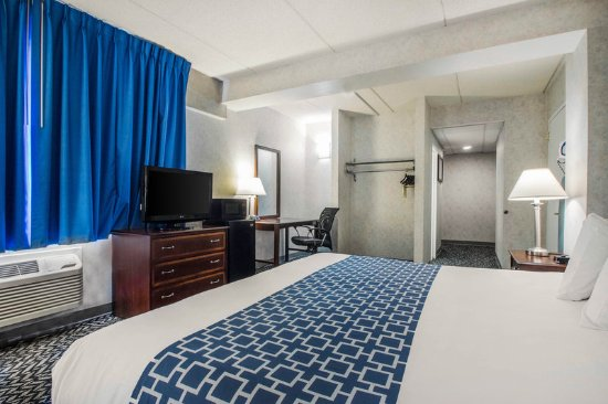 Hicksville, NY: Guest Room