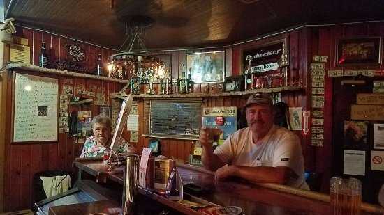 Corning, CA: Bartender Shirley and truck driver Butch.