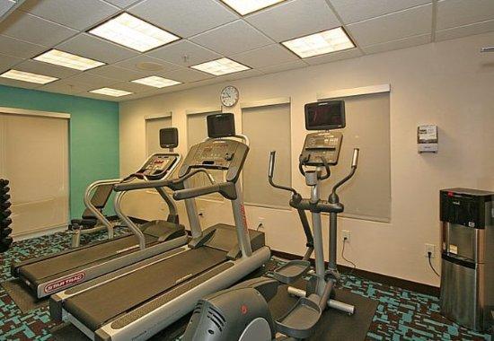 Fairfield Inn & Suites Greensboro Wendover: Fitness Center