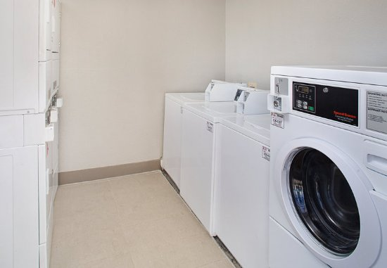 Shelton, كونيكتيكت: Guest Laundry