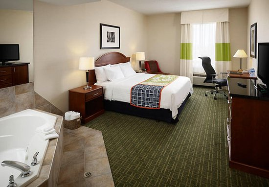 Oakville, Kanada: King Spa Guest Room
