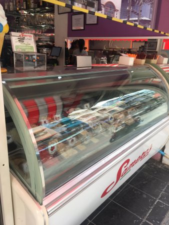 Samero's Icecream Paradise: photo0.jpg