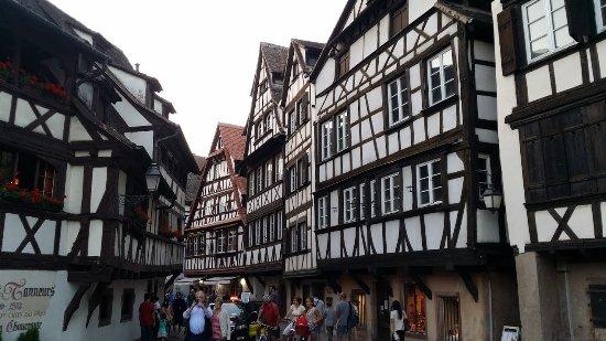 Ibis Strasbourg Centre Petite France  Bewertungen  Fotos
