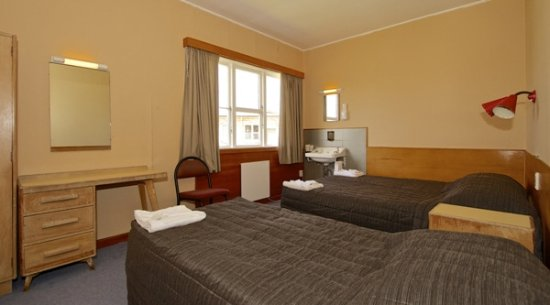 Raetihi, New Zealand: Many types and sizes of  hotel rooms including 6 self contained motel units