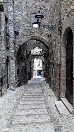 Narni, Itália: Scorci del borgo, molto ben conservati e facilmente visitabili