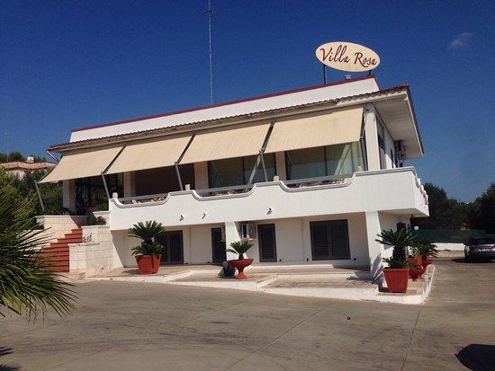 Villa rosa bewertungen fotos preisvergleich ostuni for Tropical hotel ostuni