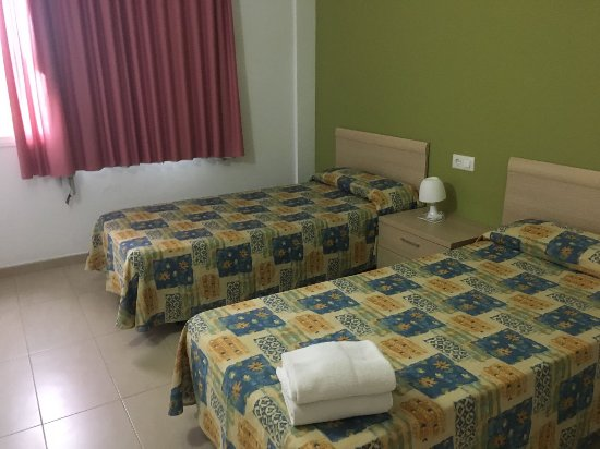 Salou Mediterraneo Apartments: IMG-20170815-WA0019_large.jpg