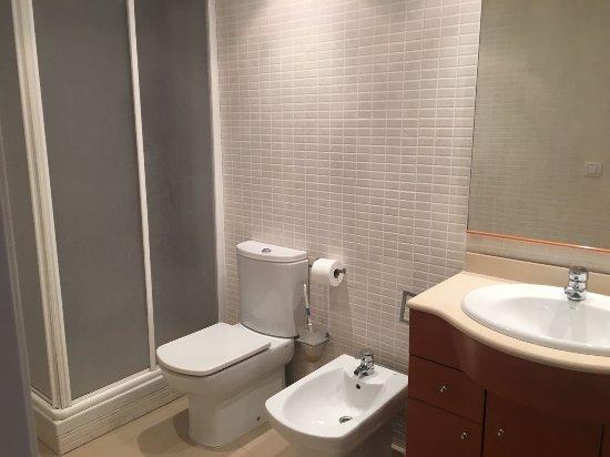 Salou Mediterraneo Apartments: IMG-20170815-WA0017_large.jpg
