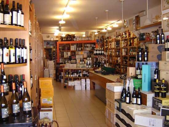 Viareggio, Italia: Interno negozio