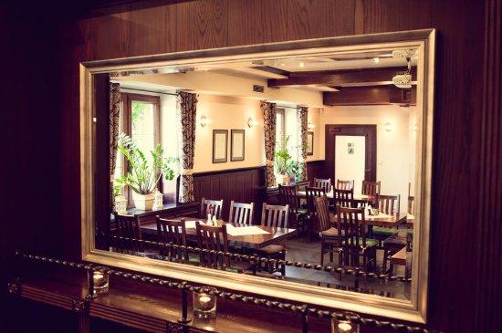 Drewniana Szafa Z Lustrem Picture Of Restaurant 58 Lisow