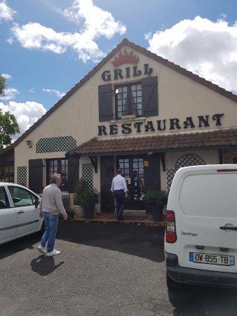 Celon, France: Ingresso