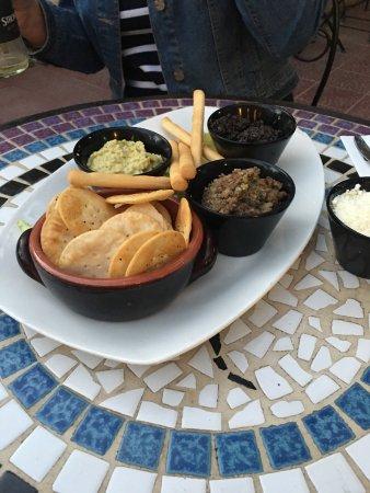 Balzan, Malte : Three tasty dips!! 6.75 Euros