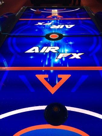 Las Vegas Arcade Soho : air hockey