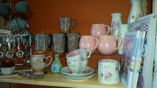 Tewantin, Australia: Mugs mugs and more mugs