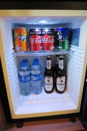 Hotel Europa Life: mini bar 的免費飲料