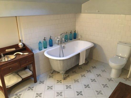 chambres d 39 h tes la maison de concise thonon les bains france voir les tarifs et avis. Black Bedroom Furniture Sets. Home Design Ideas