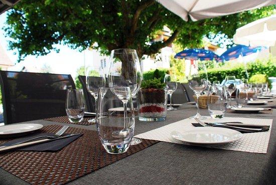 Niederhasli, Sveits: Terrasse