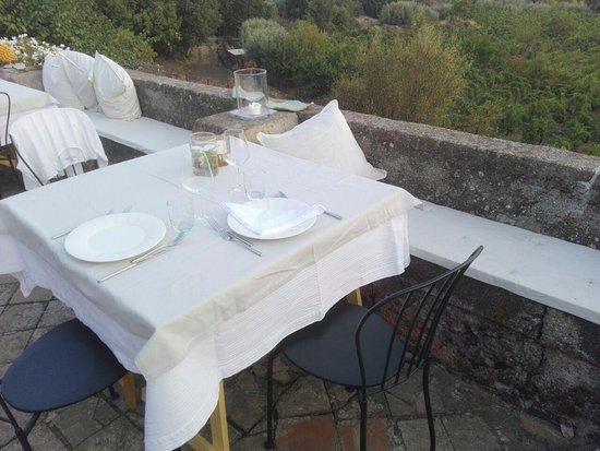 Biancavilla, Włochy: Tavolo per due, la vista è magnifica