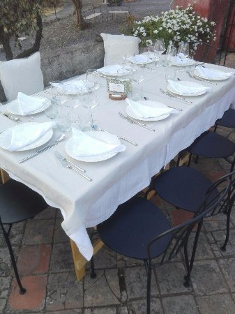 Biancavilla, Włochy: Table for 8 people