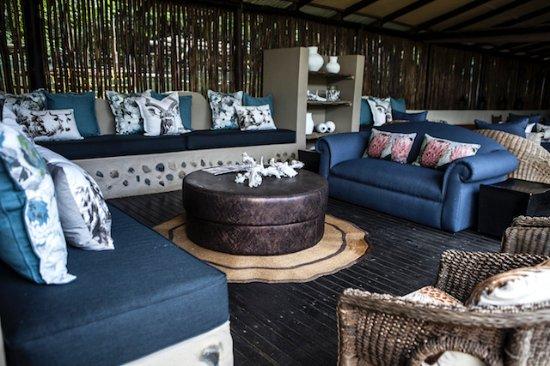 Emdoneni Lodge: Lounge area
