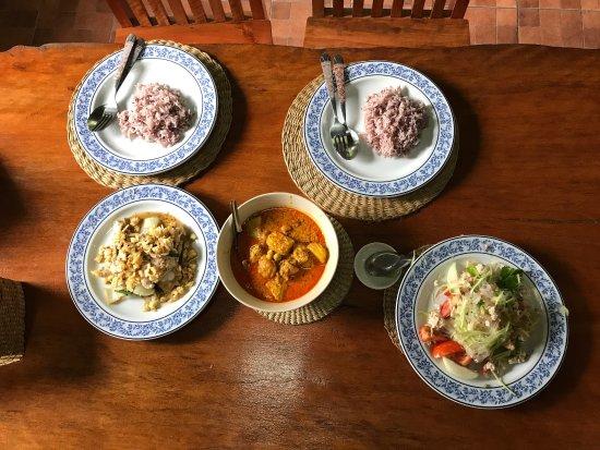 Mina's Cooking Classes: photo5.jpg