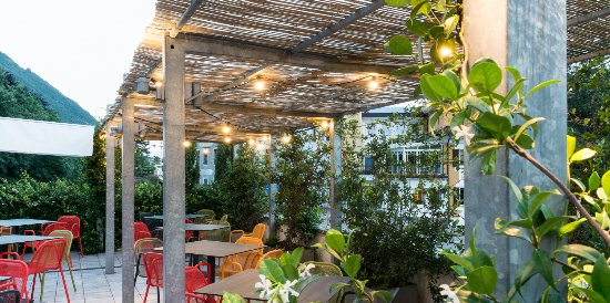 Postal, Italien: garden 3