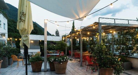 Postal, Italien: garden design