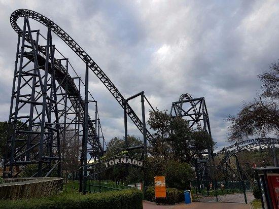 Tornado fotograf a de parque de atracciones madrid tripadvisor - Tornados en espana ...