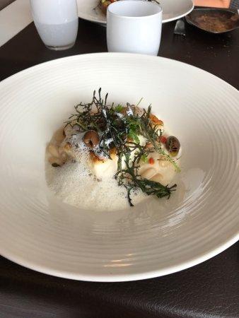 Restaurant le pousse pied dans la tranche sur mer avec cuisine brasserie gastronomique - Sur quoi pousse les ananas ...